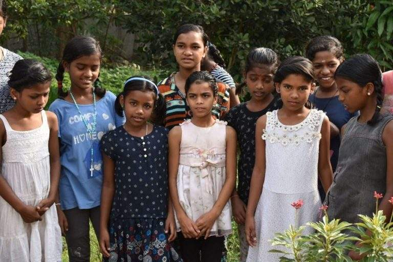 orphanage kids ready for tree plantation2